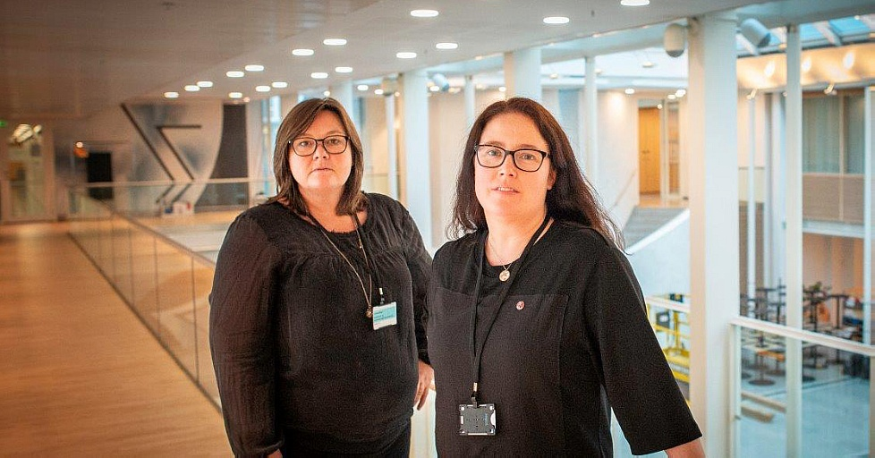 Bilde av leder av NTL Kjersti Barsok og 2. nestleder Ellen Dalen.