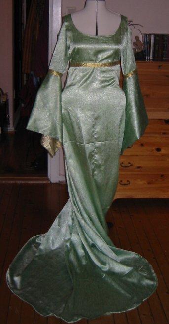 glidelås i hele rygg kjole