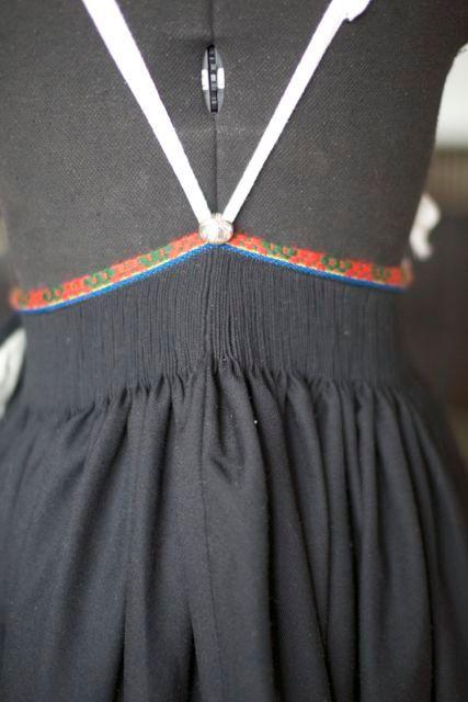 kjoler for voksne damer vest agder